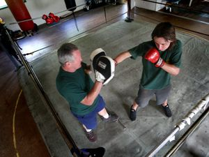 Stone serves up amateur bouts