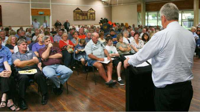 Mayor Brad Carter addresses a public meeting at Gracemere regarding the Gracemere Industrial Precinct.