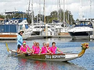 Dragons paddle to beat cancer
