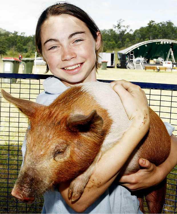 PEAK PIG: Shaunena Duffy helps set up for the Peak Pig Races.