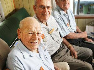 Trio given UN medals