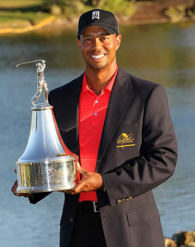 Tiger Woods wins the Arnold Palmer Invitational.