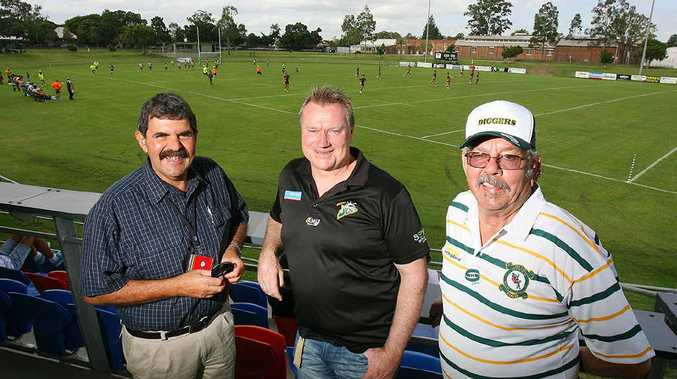 QRL South-East Queensland chairman Peter Betros (left) joins with Ipswich Jets chairman Steve Johnson (centre) and Ipswich Rugby League chairman Jack Rhea to finalise plans to work together.