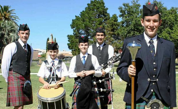 Andy Matthews, Jacob Chalk, Rylie Douglas, Malcolm Mackellar and Dominic Andersen-Strudwick will travel to Ballarat this weekend to compete in the Australian Pipe Band Championships.