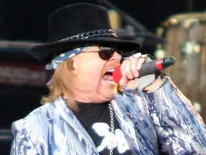 Hall of Fame to induct Axl Rose