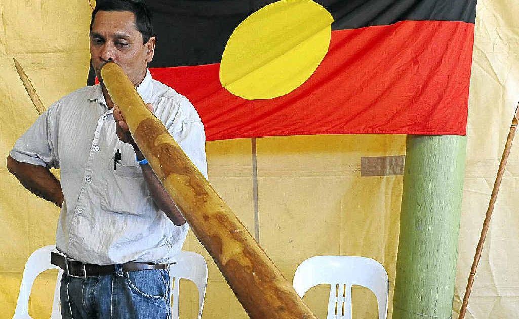 Faren Munro, from Jin Jin Burra, in Gin Gin, plays the didgeridoo at AgroTrend.