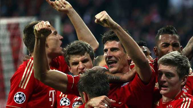 Mario Gomez of Bayern celebrates the second goal with his team mates during the UEFA Champions League Semi Final first leg match between FC Bayern Muenchen and Real Madrid at Allianz Arena on April 17, 2012 in Munich, Germany.