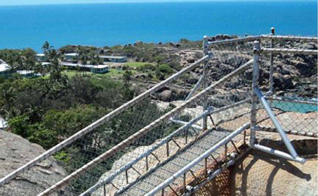 Horseshoe Bay Lookout and track are closed for refurbishment.