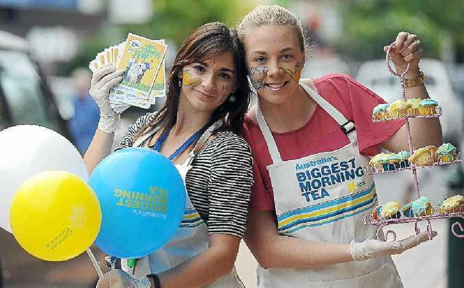 Gemma Abela from Cancer Council Queensland with Samantha Bell.