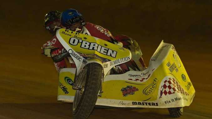 Driver Glenn O'Brien aims to secure his sixth title at the Australian sidecar speedway championship this weekend.
