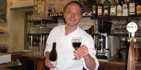 Chef Otis at Le Taxi Jaune cafe in Rue Chapon, Paris.