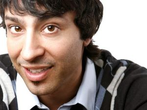 Arj Barker bringing his new comedy to Bundaberg