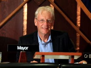 Mayor saddened by bowlo closure