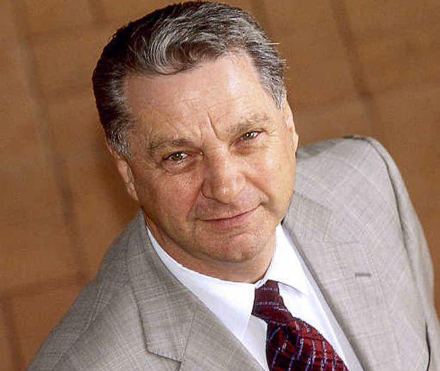 Prof Paul Thomas.