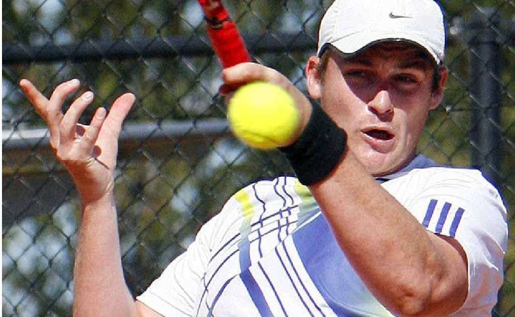 Ipswich Open men's top seed Joel Lindner displayed plenty of power on his way to yesterday's final at Leichhardt.