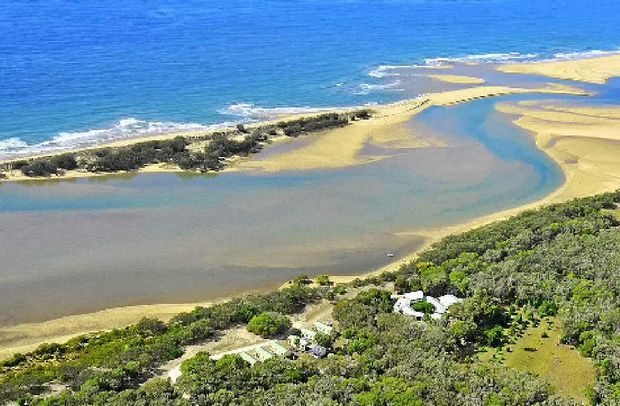 Stay at Broadwater Haven and fish the famous Baffle Creek.