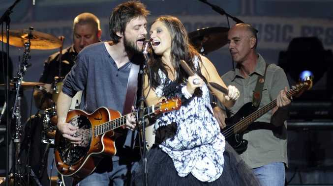 Shane Nicholson and Kasey Chambers will play the 2012 Optus Gympie Music Muster.