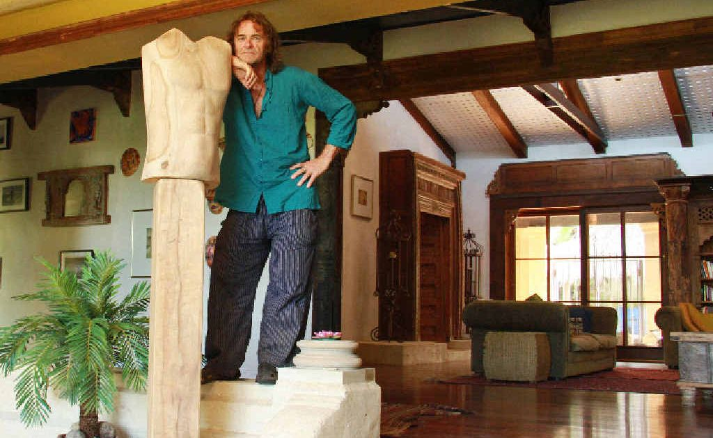 Renowned Australian artist Ken Johnson is selling his home in the Byron Bay hinterland to help raise money to fund a medical clinic in the Himalayas.