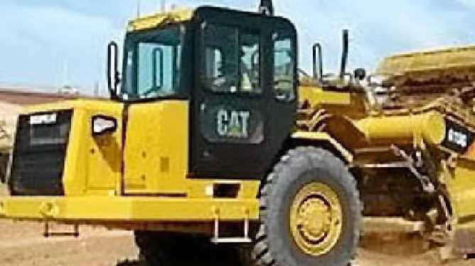 Scraper, roller, dozer, backhoe operators required in Gympie region.