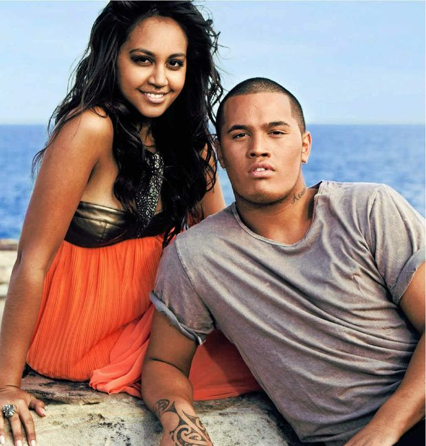 Jess Mauboy and Stan Walker's act got rained off at the Rockhampton Show but they say they'll be back.