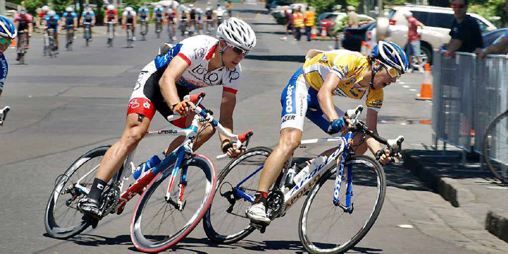 Victorian rider Brenton Jones (left) on the pace in this year's Jayco Bay Classic in Geelong.