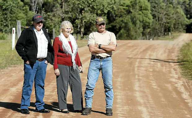 Ted and June Northwood and Steve Meredith on Dinjerra Rd.