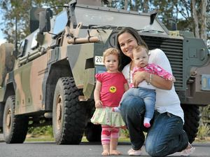 Army wives show their own courage