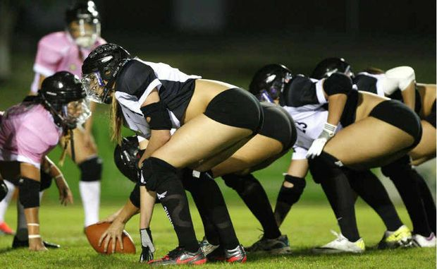 A demonstration of Ladies Football League (gridiron) was played at North Ipswich Reserve on Friday night.