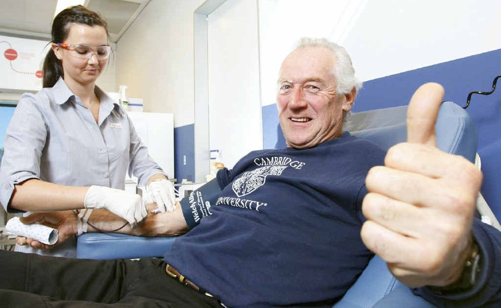 Long-time blood donor Wayne McCamley of Crossdale and Ipswich Blood Donor Clinic Riverlink nurse Bethany Patton.