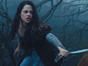Twilight fan goes crazy over scandal