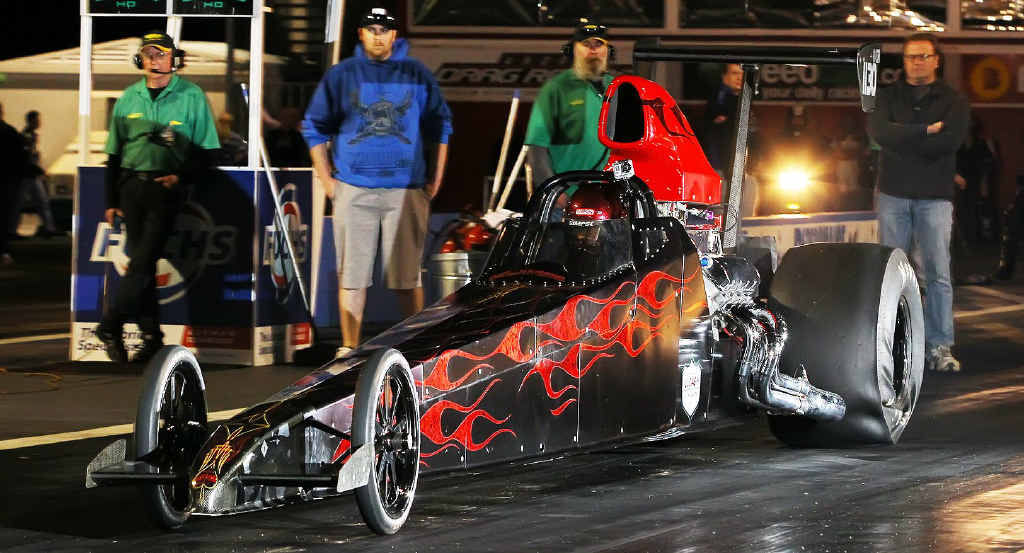 Rob Harrington sets off for a 296kph pass in his new modified dragster at Willowbank Raceway.
