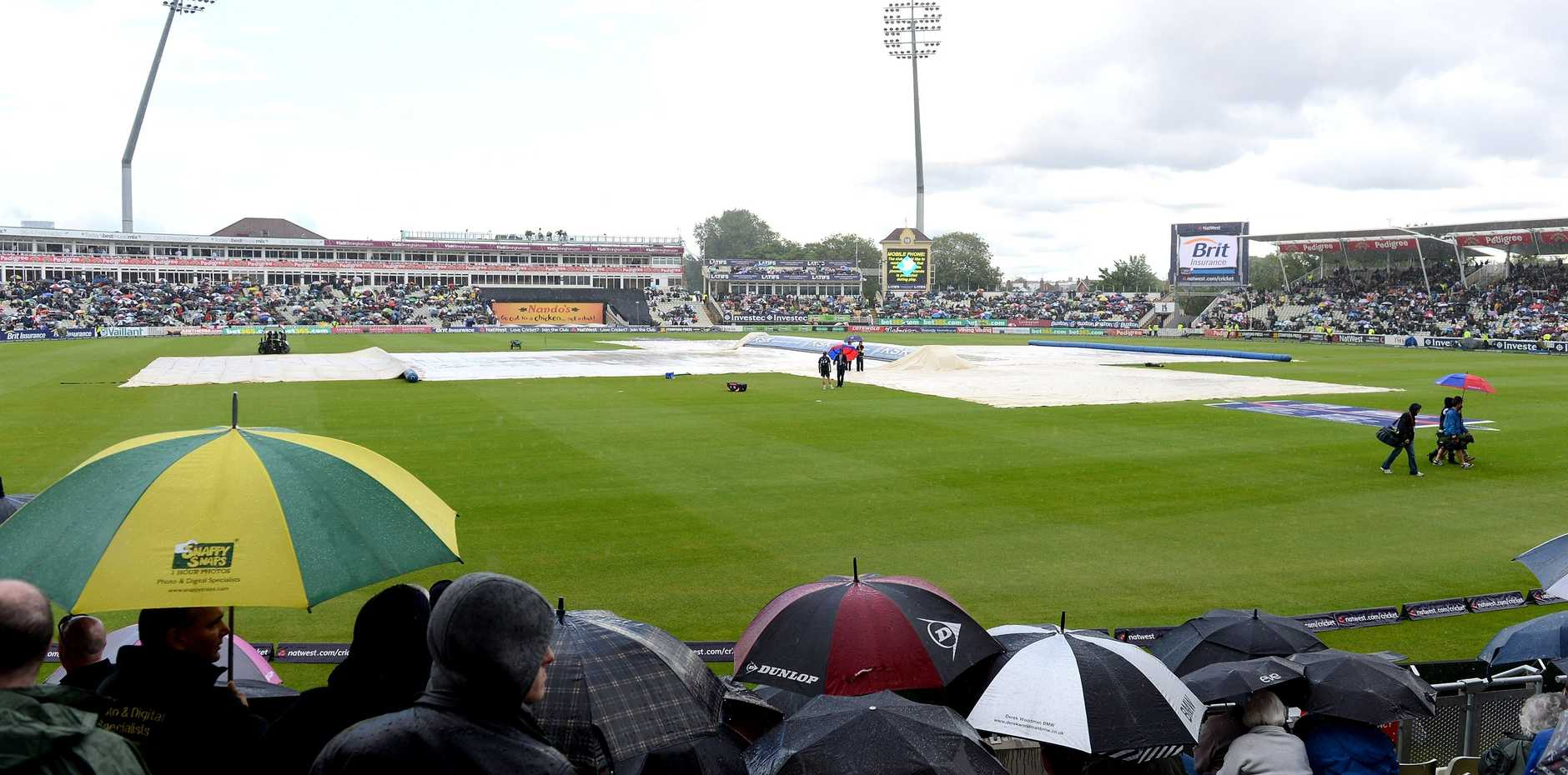 Rain puts stop to the 3rd Natwest One Day International match between England and Australia at Edgbaston on July 4.