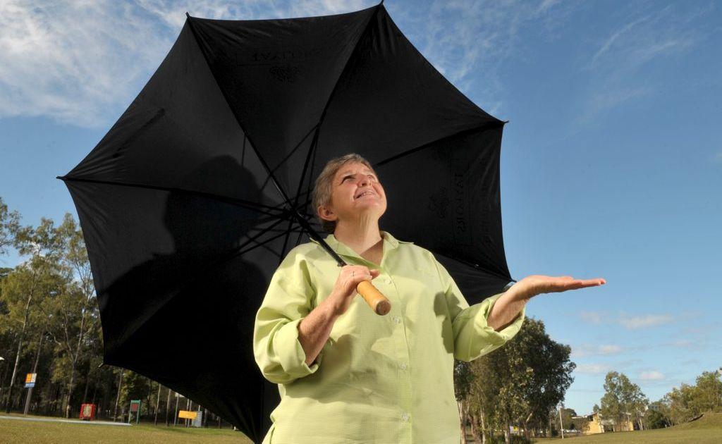 Dr Helen Fairweather