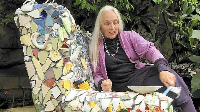 Jennifer Wright (Summers) has won the Queensland Regional Arts Australia Award 2012.