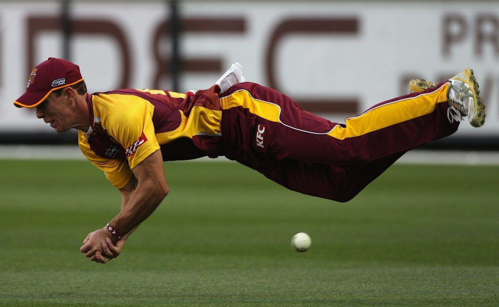 Chris Lynn of the Bulls dives for a catch during the Twenty20 Big Bash match between the Victoria Bushrangers and Queensland Bulls at the Melbourne Cricket Ground on January 2, 2011 in Melbourne, Australia.