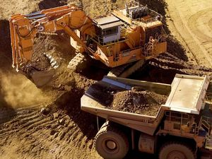 Seeney unphased by major mining delays