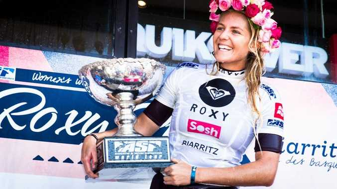 Tweed surfer Steph Gilmore claims her 5th ASP World Women's crown with big win at 2012 Roxy Pro in Biarritz, France.