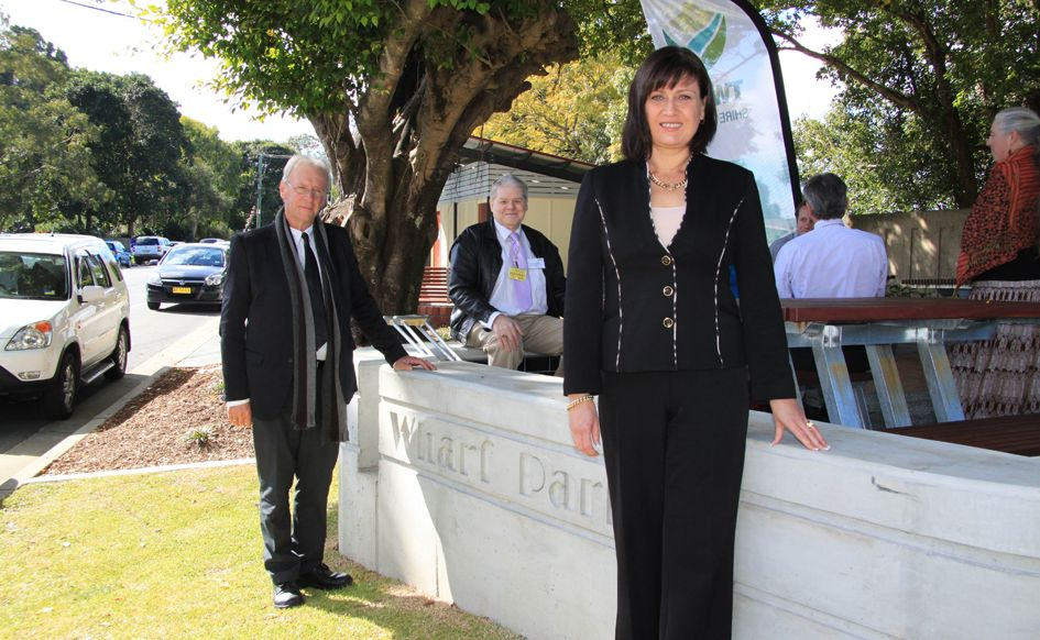 Justine Elliot (front) with Barry Longland (left) at the opening of Wharf Park in Murwillumbah.