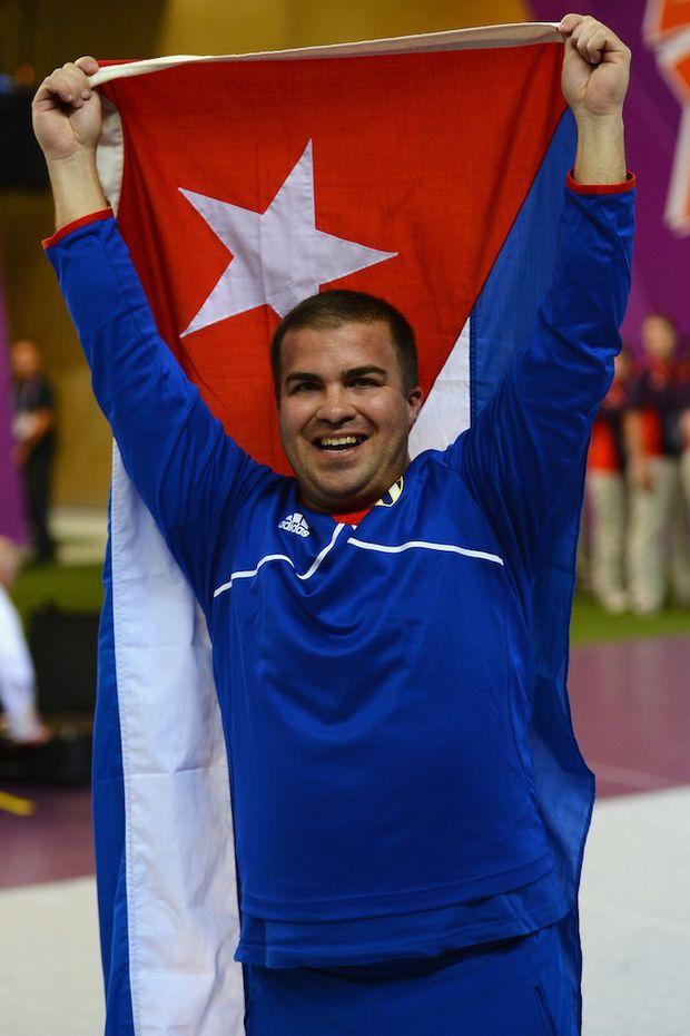 Shooter Leuris Pupo has won Cuba's first gold at the London Olympics.