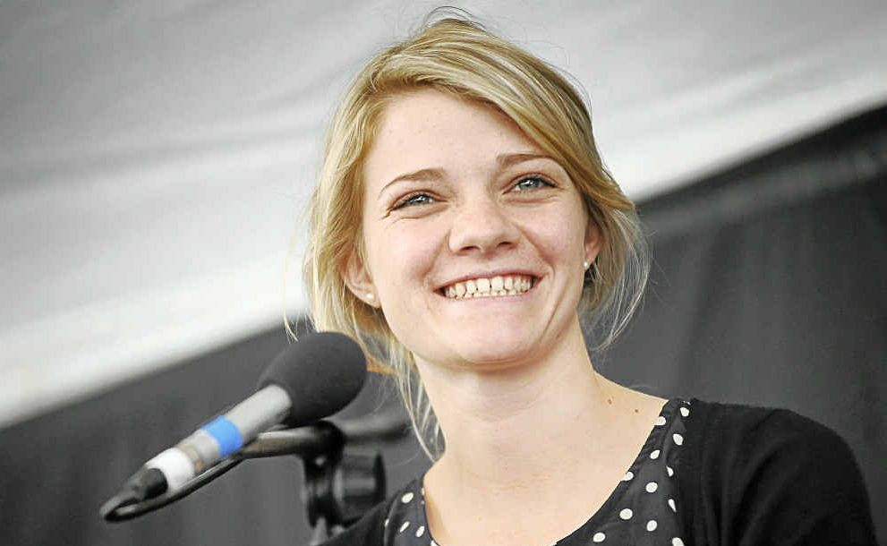 Jessica Watson speaking at Byron Bay Writers' Festival.
