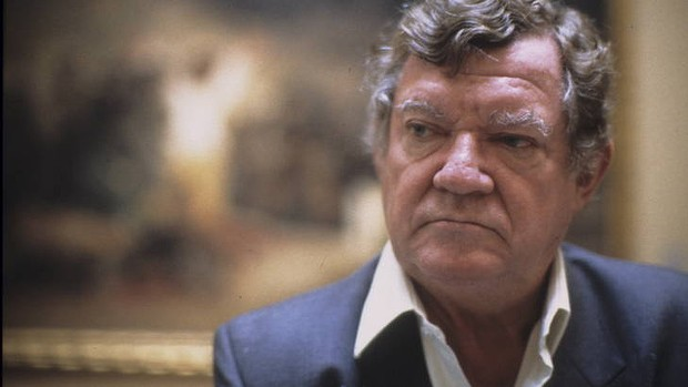Robert Hughes died this morning aged 74.