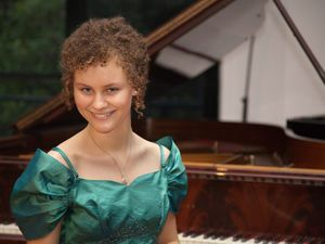 Ayesha on road to piano success