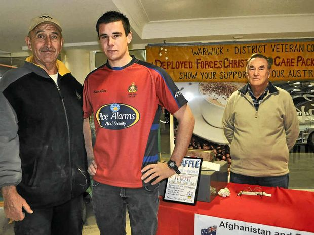 Former soldier Johno Felton, Private Toby Willett and Veteran Support and Advocacy Service Australia member Ray Wingett.