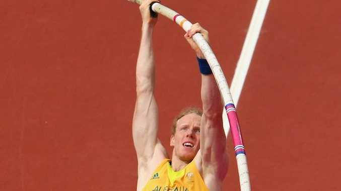 Steve Hooker has survived qualification for the men's pole vault.