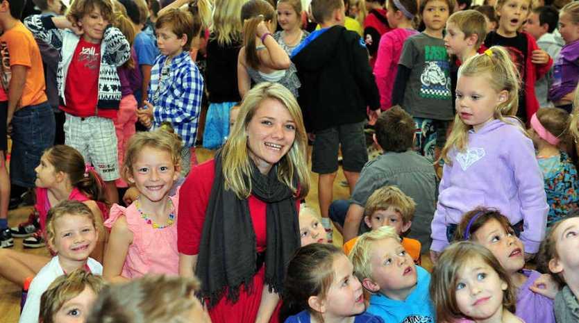Jessica Watson visited Noosaville Primary School to raise awareness for charitable programs.