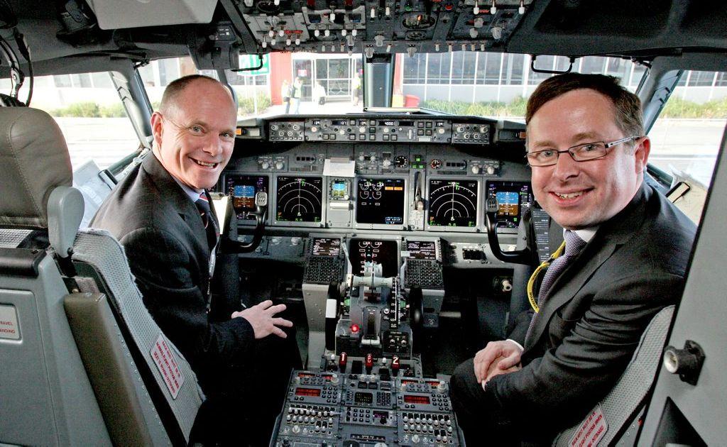 Qantas CEO Alan Joyce and Queensland Premier Campbell Newman.