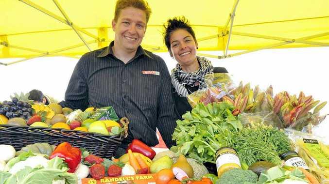 David Masman and Rachel Pullen from Spar Supermarket in Ballina with fresh vegies on show.