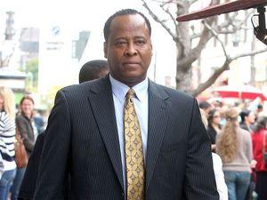 Jackson drops suit against Dr Murray