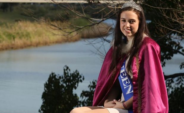 The 2011 Banana Festival queen Jessica Knight will hand over the crown on August 25.