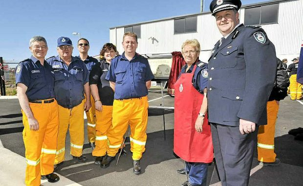 Chris Way, Bob Hennessy, Demetri Condos, Nikki Vidler, Captain Dale Waters, Diane Fellows and Superintendent Michael Brett, manager Northern Rivers Rural Fire Service.